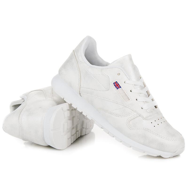 Balti laisvalaikio batai Muto
