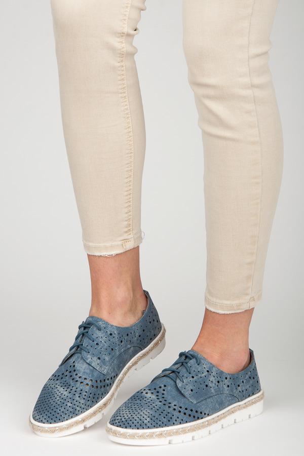 Mėlyni bateliai Kylie