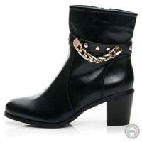 Juodi aulinukai Style Shoes