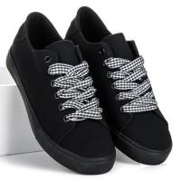 Juodi laisvalaikio batai Ideal Shoes